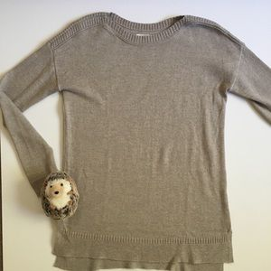 Old Navy oatmeal tan sweater